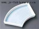 青白磁扇型中皿