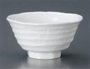 白磁ろくべ型茶碗中