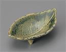 織部木の葉三ツ足小鉢