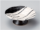 黒塗分けストライプ粉引高台4寸皿